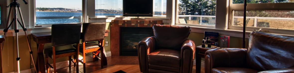Honeymoon B&B corner suite 270° views, fireplace, cathedral ceiling
