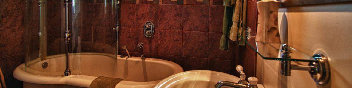 Luxury soaker bath & rain shower ensuite bathroom heated floor